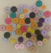Dill Buttons<br>Made in Germany<br>Very nice quality<br>57 assorted round<br>